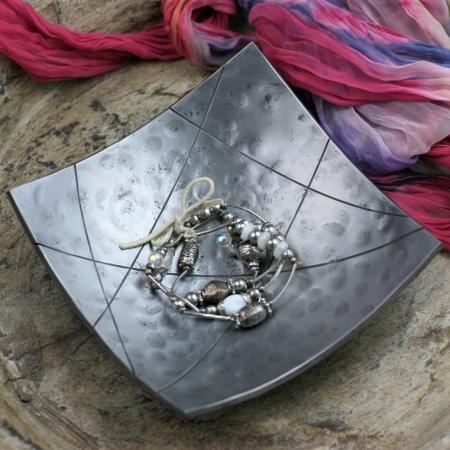 Square Geometric shiny bowl