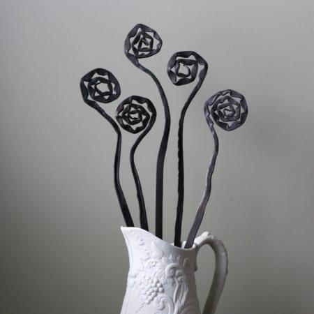 Everlasting metal Flowers
