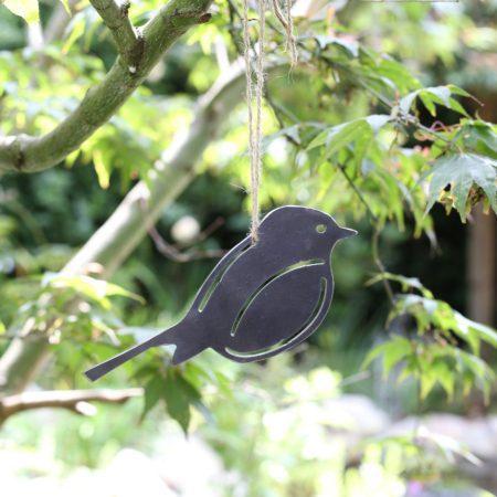 1 hanging metal robin